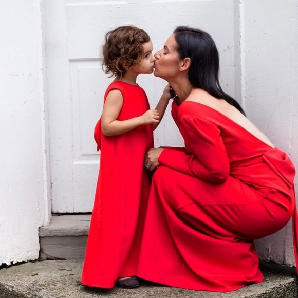Mommy and me red dresses. M 5a4a725aa44dbe033f049b73 f9df18565d